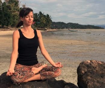 Meditation på stranden redigerad